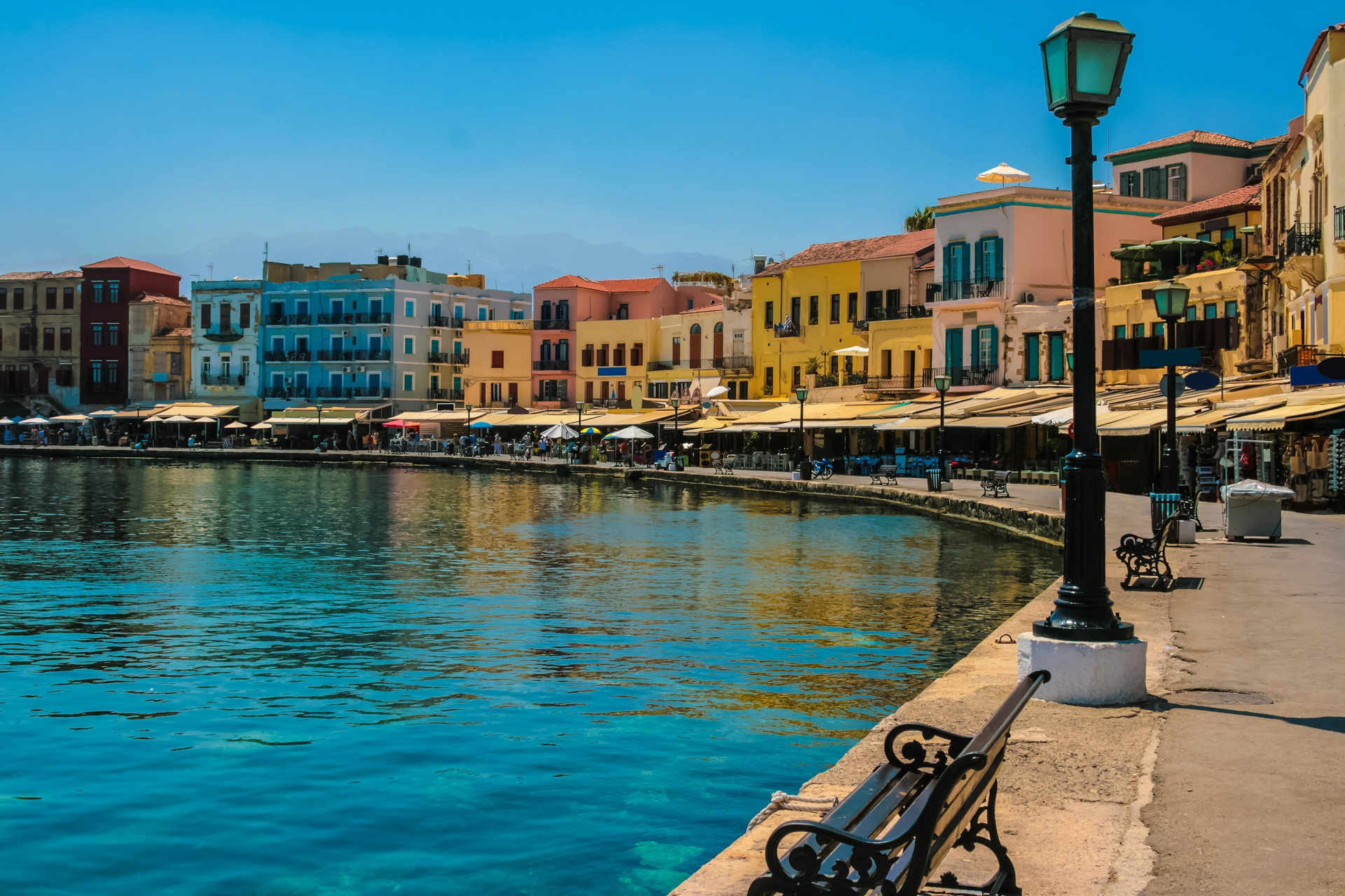 Minibus transfer from Chania airport / port to Chania City