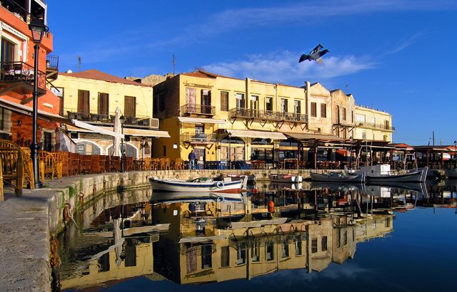 Taxi transfer from Chania airport / port to Rethymnon City